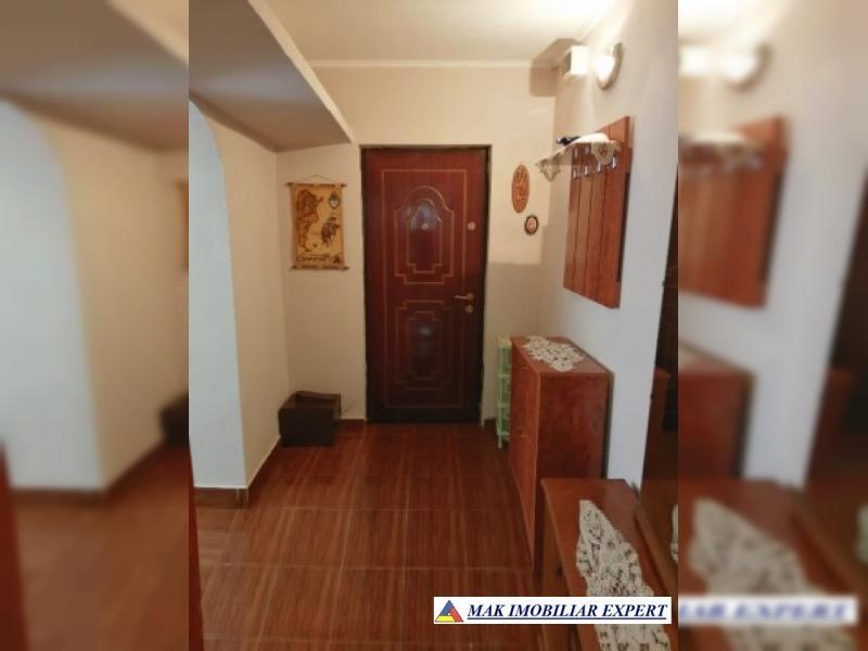10115948_apartament-2-camere_7.jpg